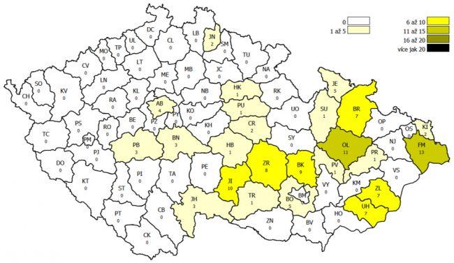 Mapa býskytu moru včelího plodu v jednotlivých okresech ČR v roce 2020